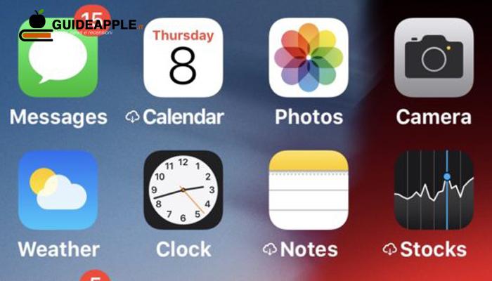 Simbolo iCloud vicino al nome delle app su iPhone e iPad