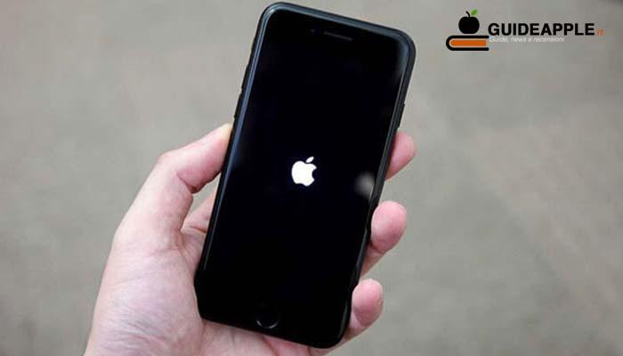 iPhone bloccato sulla mela: ecco come risolvere