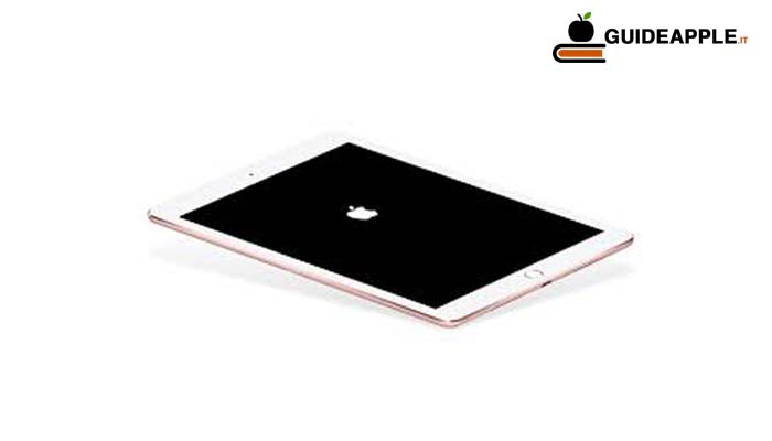 iPad bloccato sulla mela