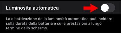 attivare luminosità automatica iphone
