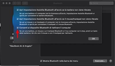 macbook sveglio con schermo chiuso