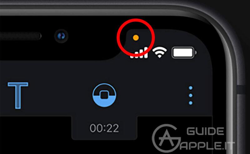 Puntino verde e arancione su iPhone: cosa sono?